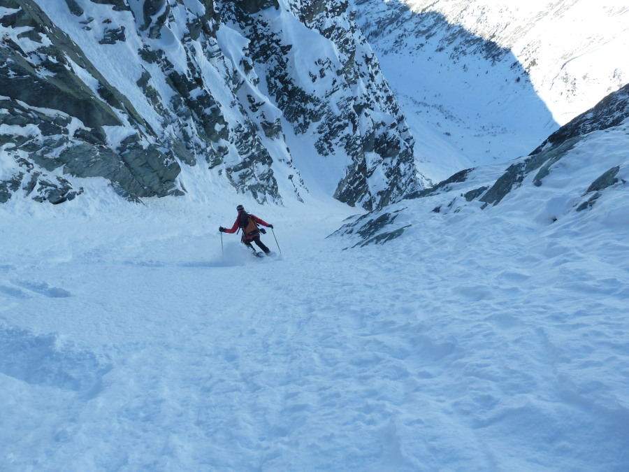 Off Piste Skiing Arolla British Mountain Guide