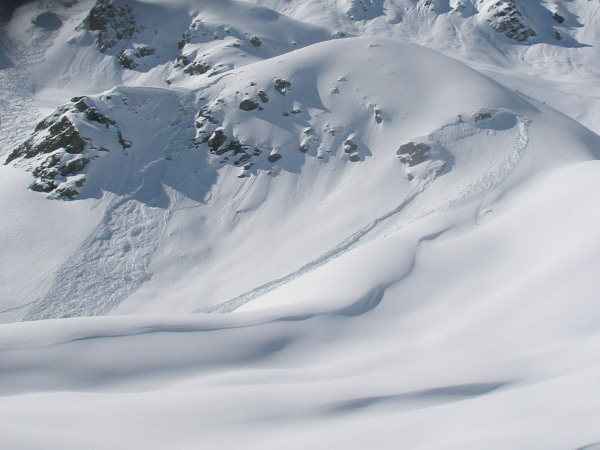 Avalanche activity in the Orxival valley - left one is skier released